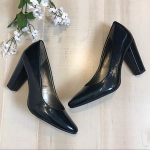 Bandolino Blue Patent Leather Pumps Heels 8.5M